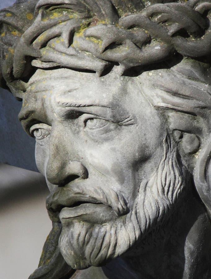 Gesicht von Jesus ChristDornenkrone (Statue) stockfotografie