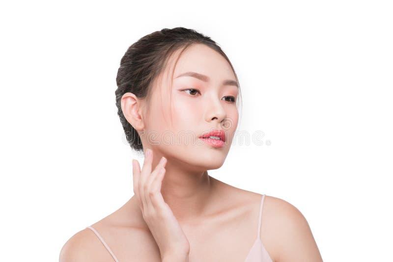 Gesichtsantialternbehandlungshaut Junge Frau mit sauberem frischem stockfotos