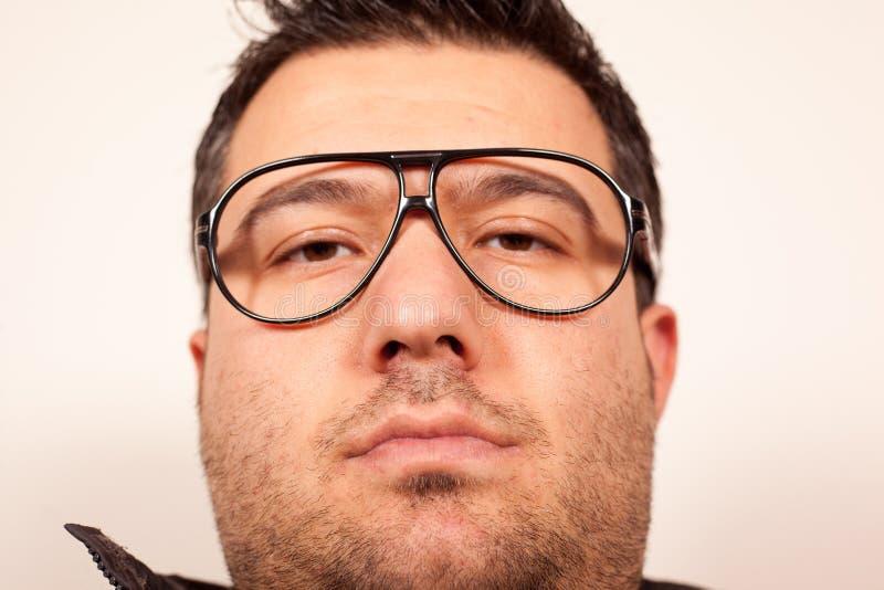 Gesichtsausdruck des jungen Mannes lizenzfreie stockfotos