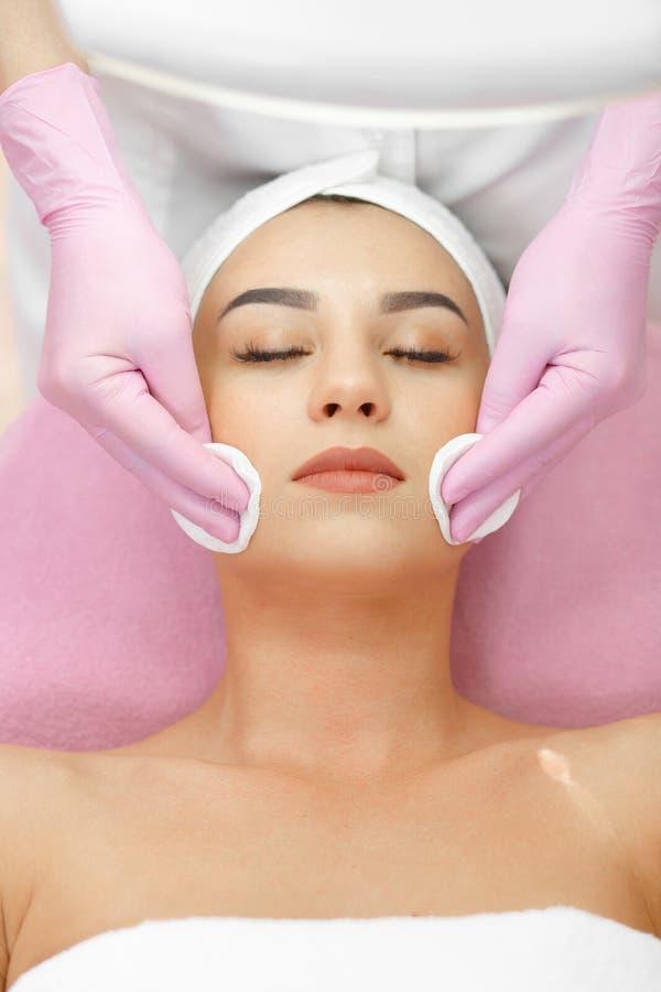 Gesichtshautpflege stockfotografie
