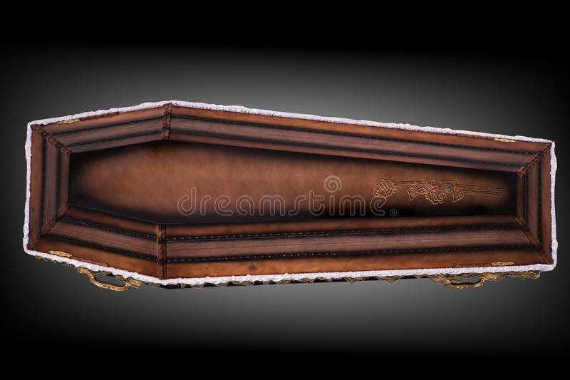 Gesloten houten bruine die doodskist met doek wordt behandeld op grijze luxeachtergrond wordt ge?soleerd kist met schaduw op acht stock illustratie