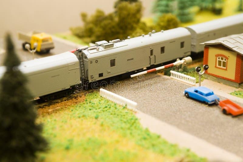 Gesloten stuk speelgoed spoorwegovergang stock afbeelding