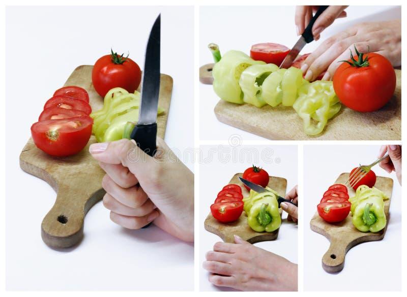 Gesneden groenten op houten raad stock foto's