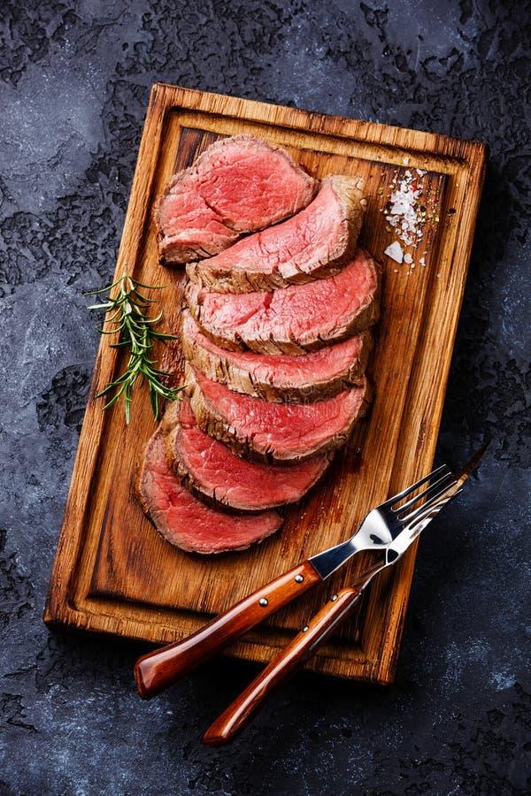 Gesneden haasbiefstuklapje vlees roastbeef royalty-vrije stock foto