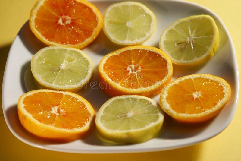 Gesneden Natuurlijke Vitaminen Royalty-vrije Stock Foto