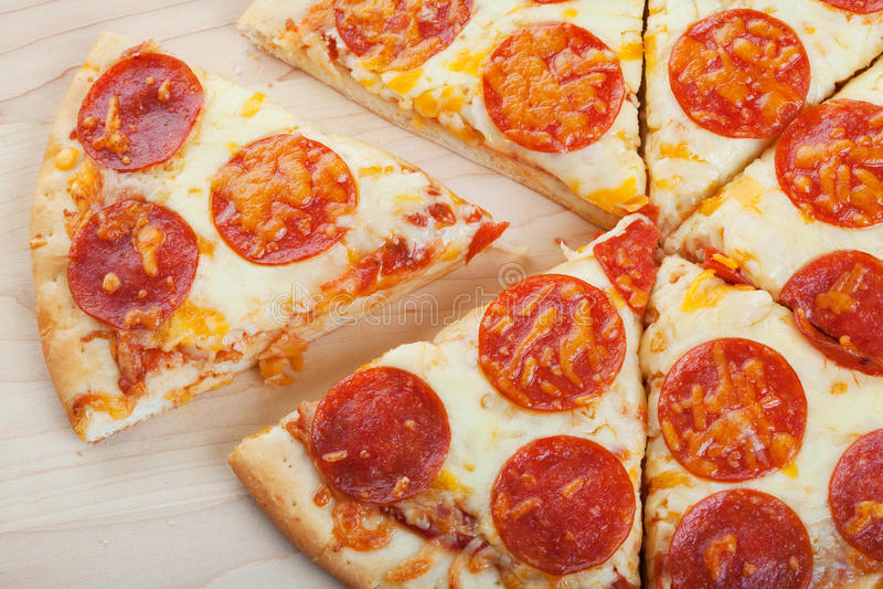 Gesneden pizza