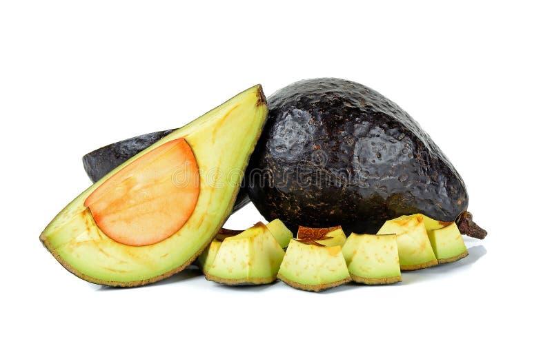 Gesneden rijpe die avocado op witte achtergrond wordt geïsoleerd royalty-vrije stock fotografie