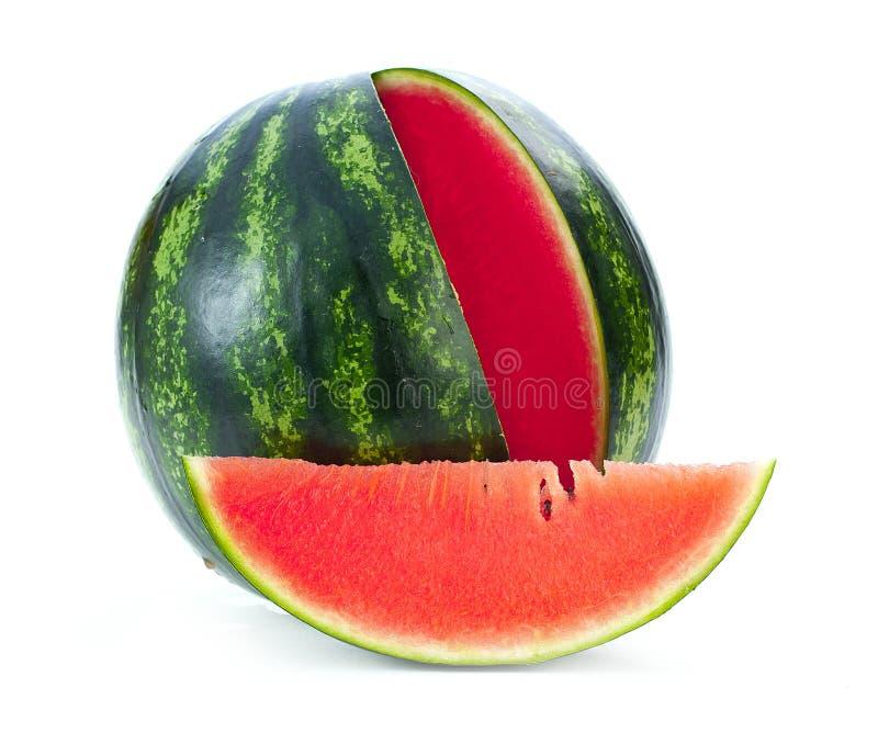 Gesneden rijpe die watermeloen op wit knipsel wordt geïsoleerd als achtergrond stock foto's