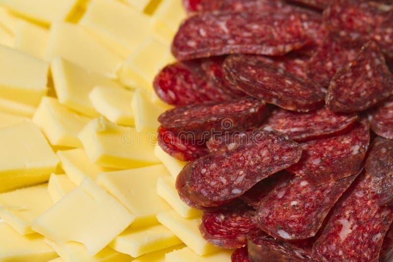 Gesneden vlees en kaasvoorgerechten stock foto