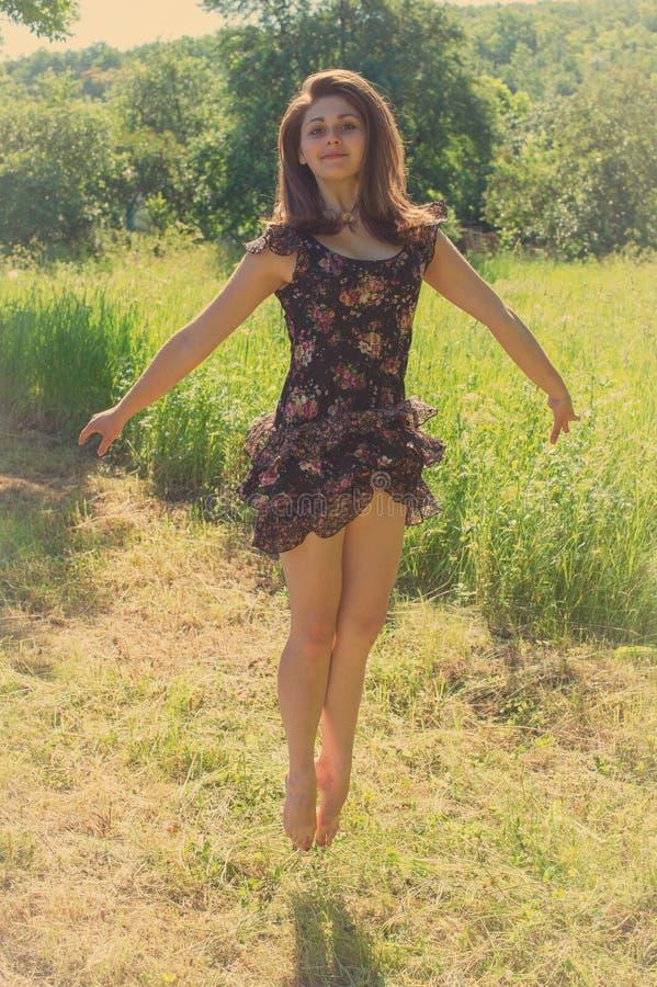 Gesprongen meisje royalty-vrije stock foto