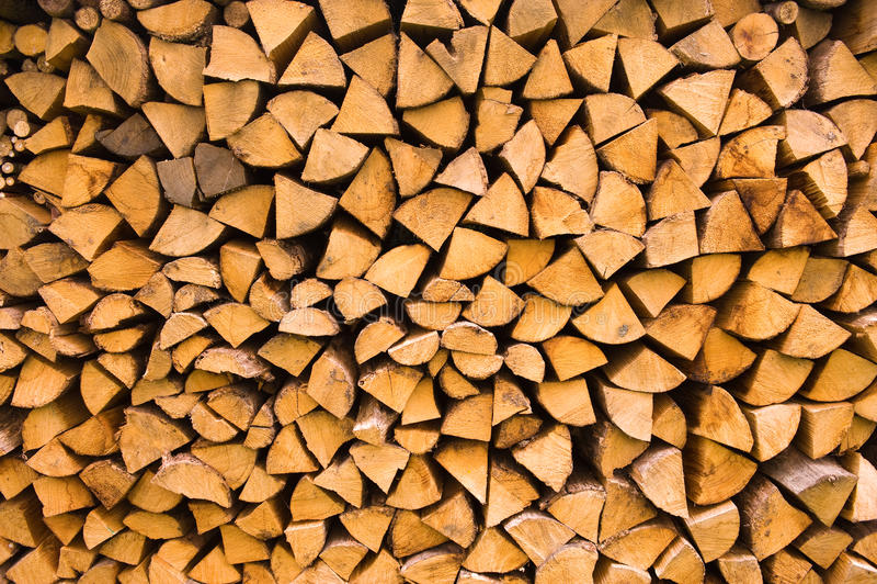 Gestapeld houten logboek stock afbeelding