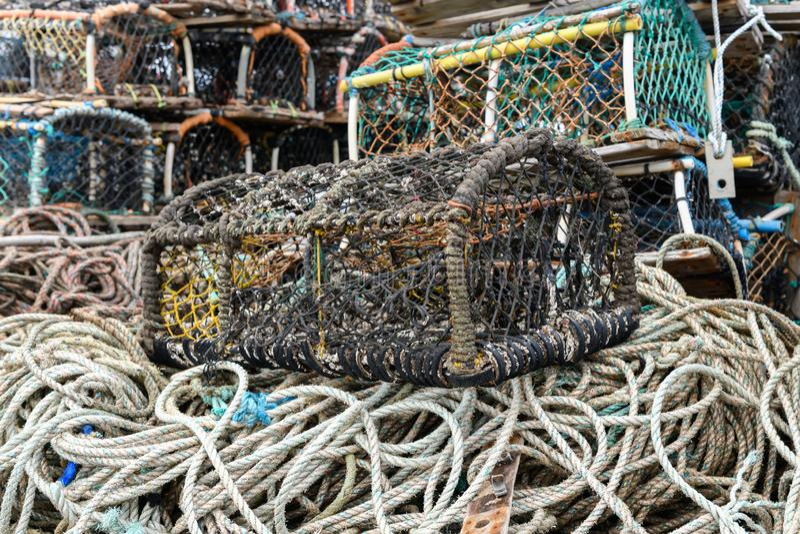 Gestapelde zeekreeftpotten royalty-vrije stock afbeelding