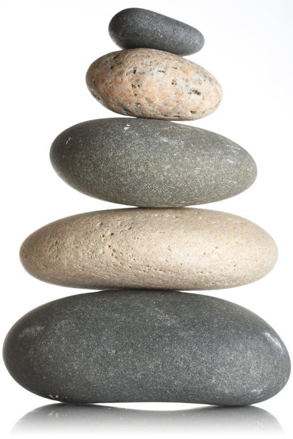 Gestapelte Steine stockbilder