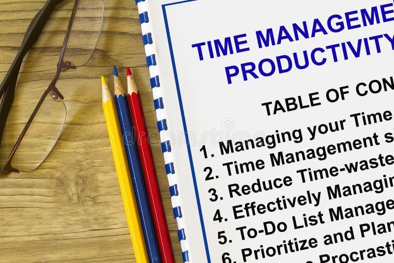 Gestión y productividad de tiempo con contenido imagen de archivo libre de regalías