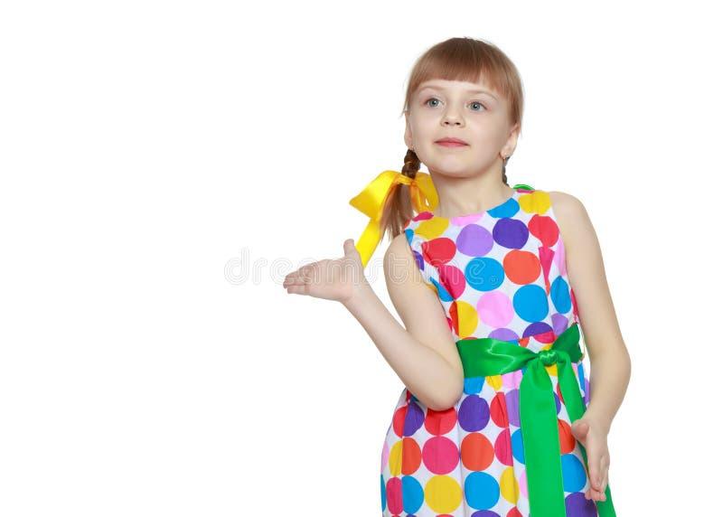 Gesticular da menina foto de stock