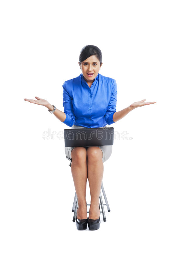 Gesticular da mulher de negócios imagens de stock