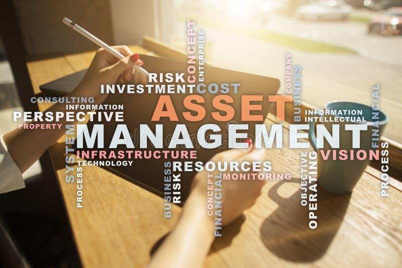 Gestione delle risorse sullo schermo virtuale Concetto di affari Nuvola di parole immagini stock