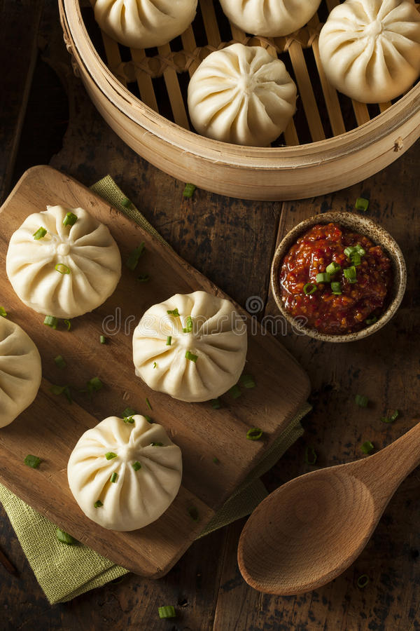 Gestoomde BBQ Varkensvlees Aziatische Broodjes stock foto's