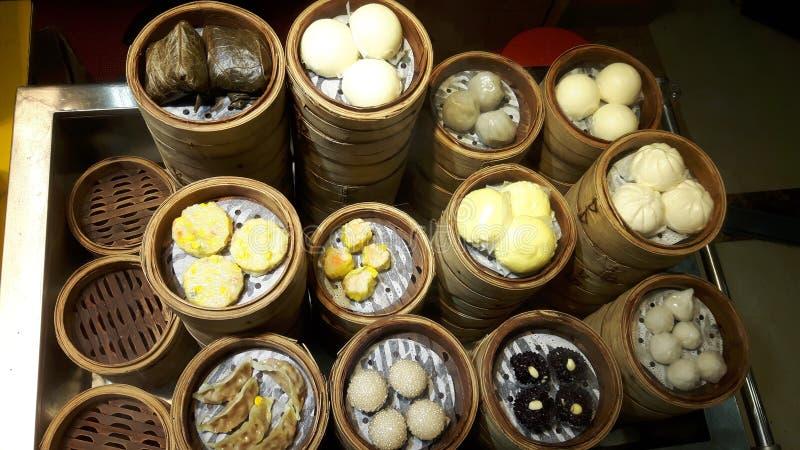 Gestoomde Chinese schotels royalty-vrije stock foto's