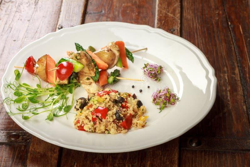 Download Gesunde Aufsteckspindeln Und Reis Stockfoto - Bild von kartoffeln, gesund: 96930040