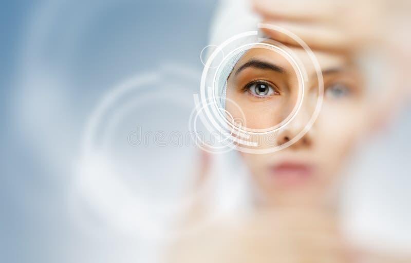 Gesunde Augen lizenzfreies stockfoto