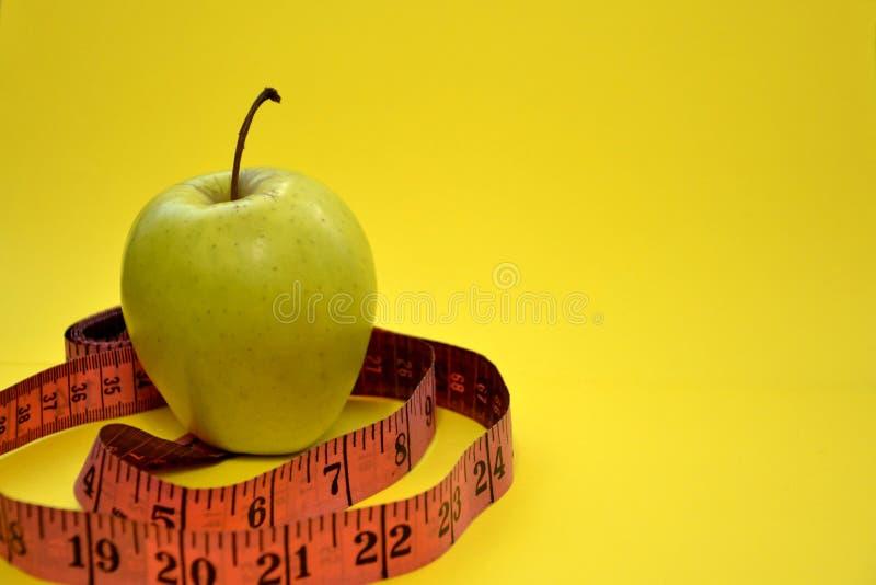 Gesunde Diät hilft Ihnen, Gewicht zu verlieren lizenzfreies stockfoto