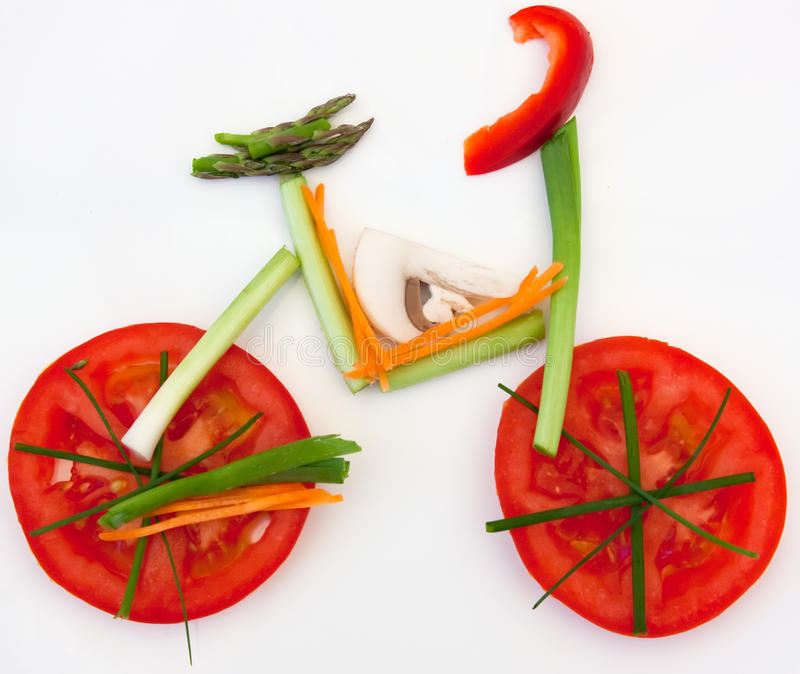 Gesunde Gemüsefahrradnahrung stockfotografie