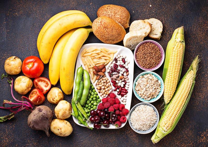 Gesunde Produktquellen von Kohlenhydraten lizenzfreie stockfotos