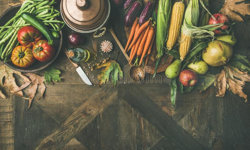 Gesunder kochender Hintergrund des Falles, Kopienraum, breite Zusammensetzung stockbilder