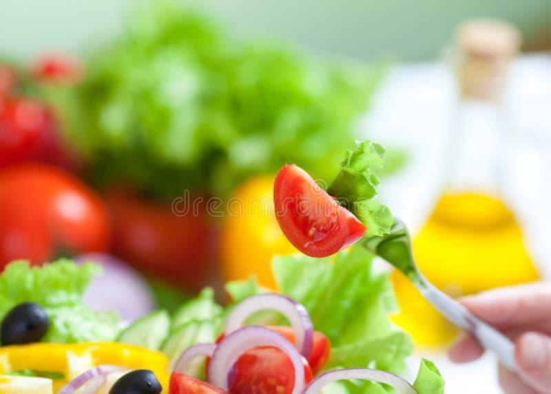 Gesunder Nahrungsmittelfrischgemüsesalat lizenzfreies stockfoto