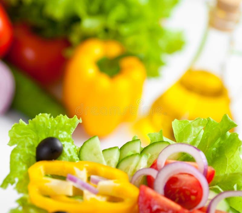 Gesunder Nahrungsmittelgemüsesalat lizenzfreie stockfotografie