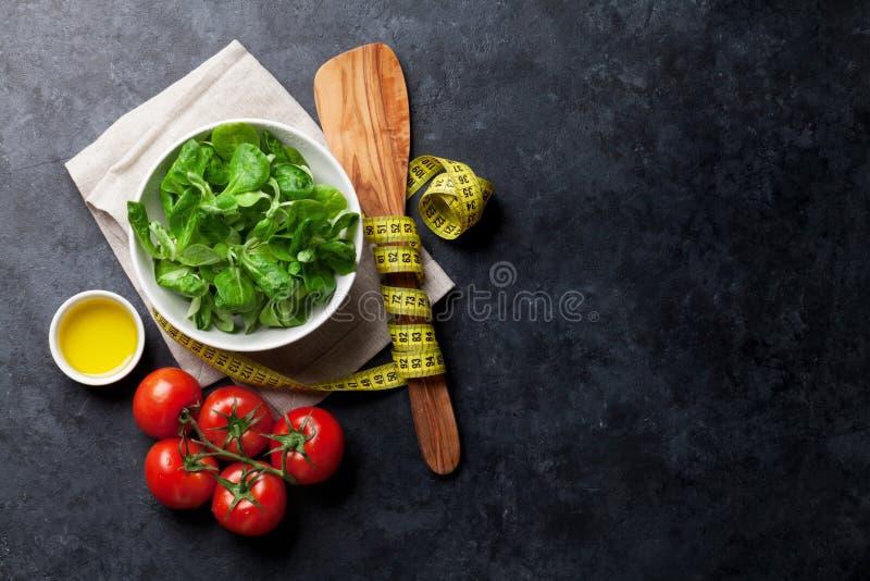 Download Gesunder Salat stockbild. Bild von paßsitz, arugula, eignung - 90237489