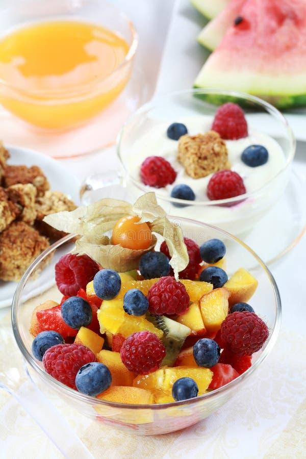 Gesundes Frühstück oder Imbiß stockfotografie