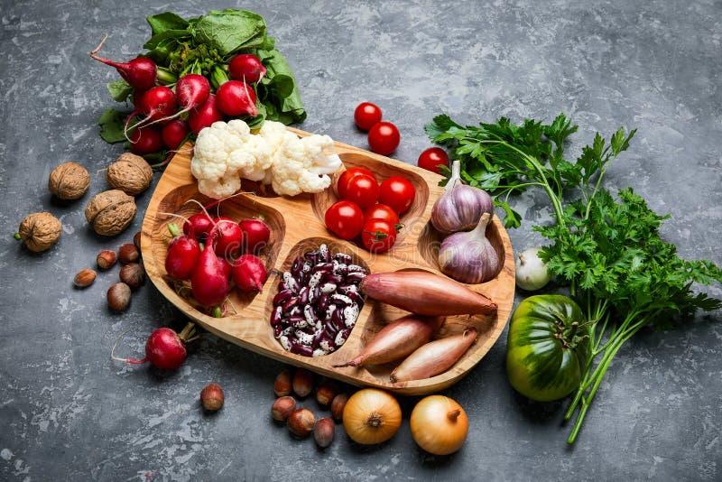Gesundes Lebensmittelstillleben des Gemüses lizenzfreie stockfotografie