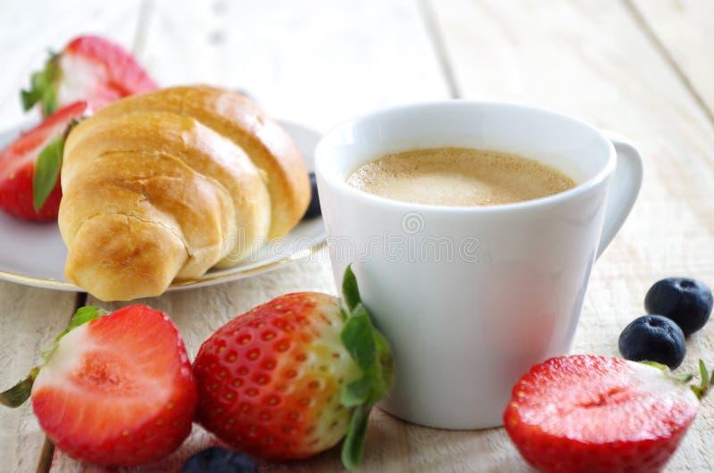 Gesundes und nettes Frühstück stockfotografie