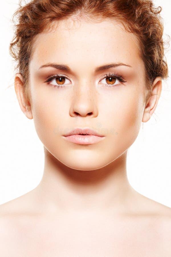 Gesundheitspflege, Wellness. Saubere Haut der Schönheit, Freckles stockfotografie