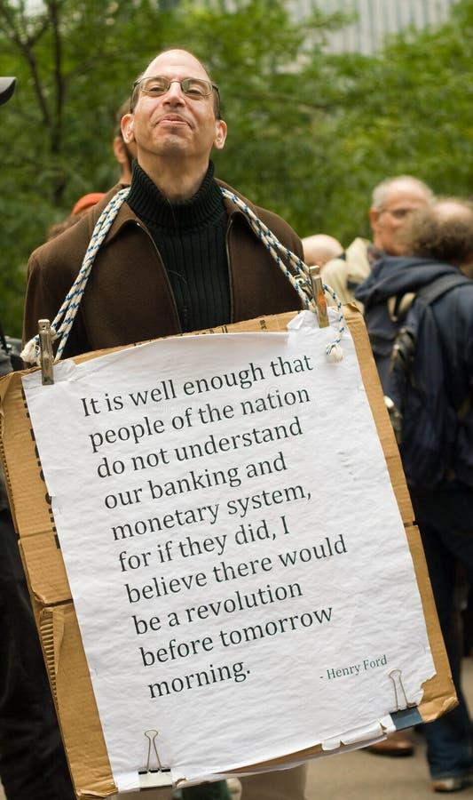 Getatoe?ërde mensenprotesten tegen het Staal van Robert K stock fotografie