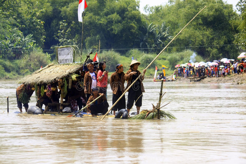 Download Gethek Solo Festival editorial photo. Image of raft, gethek - 34789806