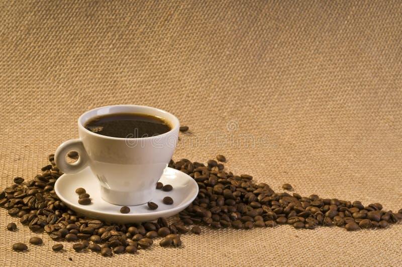 Getränk des schwarzen Kaffees lizenzfreies stockbild