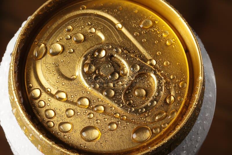 Getränk `s Zinn lizenzfreie stockfotografie