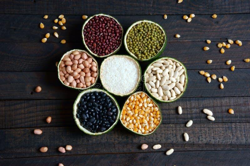 Getreide, gesundes Lebensmittel, Faser, Protein, Korn, Antioxidans lizenzfreie stockfotos
