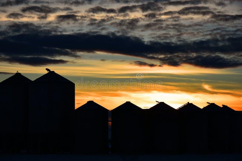 Getreidespeicher-Schattenbild stockbild