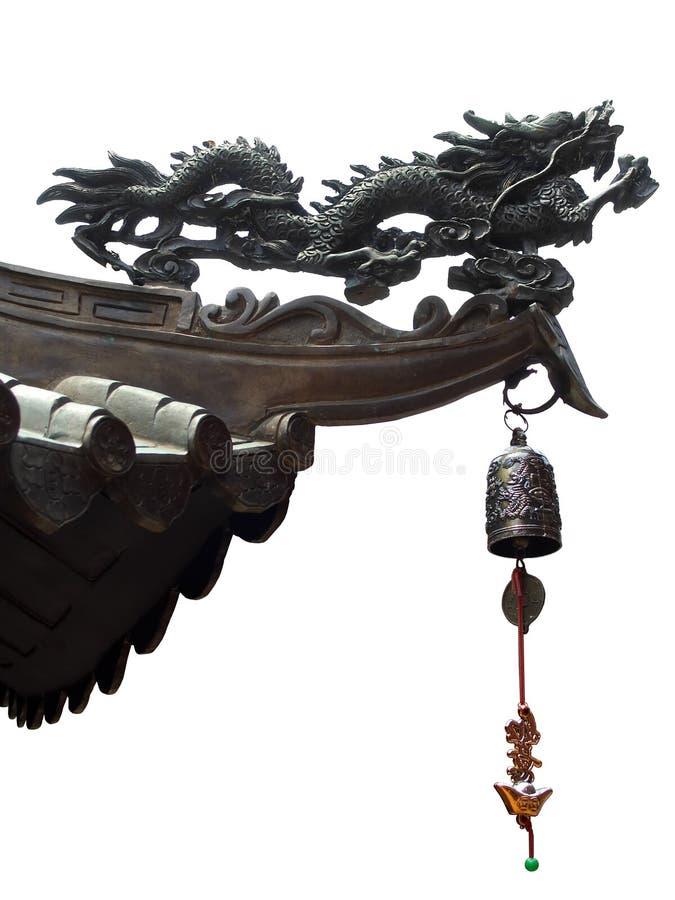 Getrennter chinesischer Drache und Glocke stockfotos
