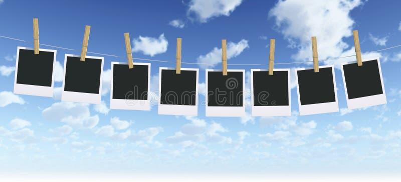Getrenntes Foto-Feld mit Clothespin lizenzfreie abbildung