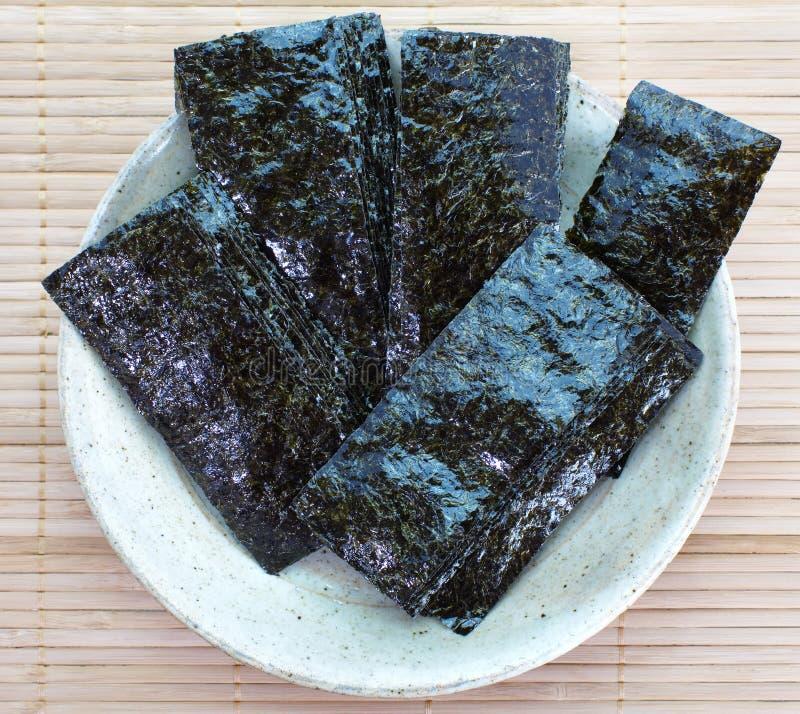 Getrocknete Meerespflanze, nori lizenzfreies stockfoto