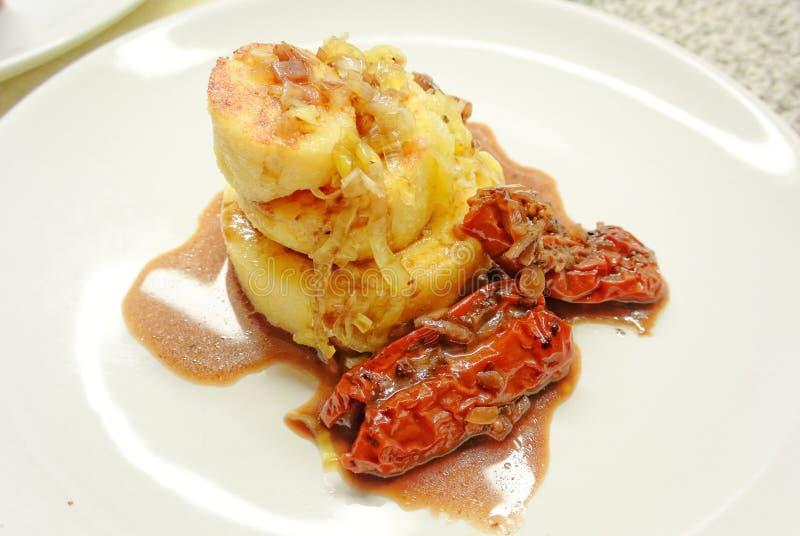 Getrockneter Tomate Polenta stockfoto