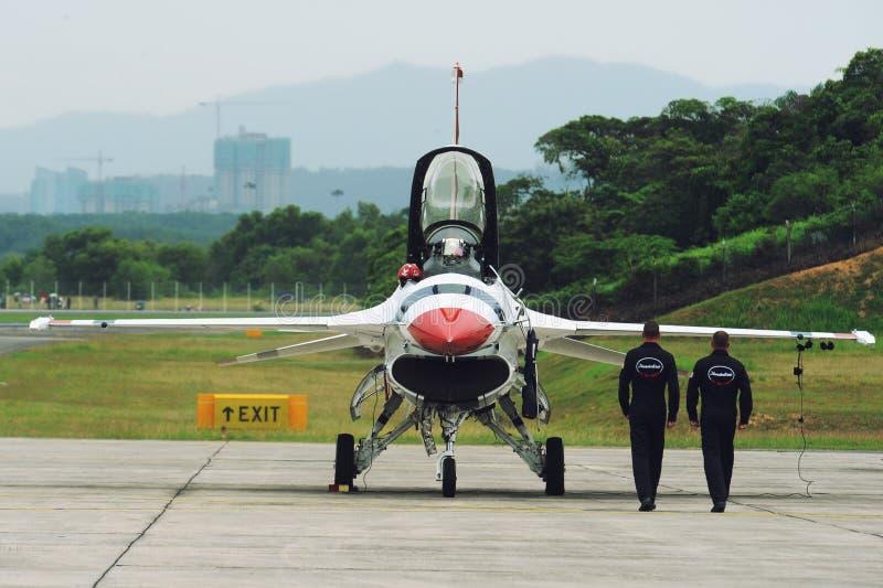 Getto dei Thunderbirds del U.S.A.F., falco di F-16C fotografia stock libera da diritti