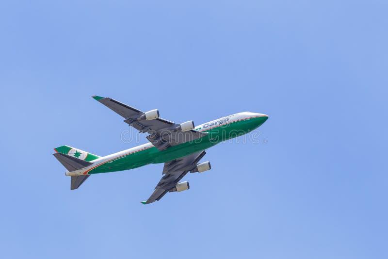 Getto del carico di EVA Air 747 immagine stock