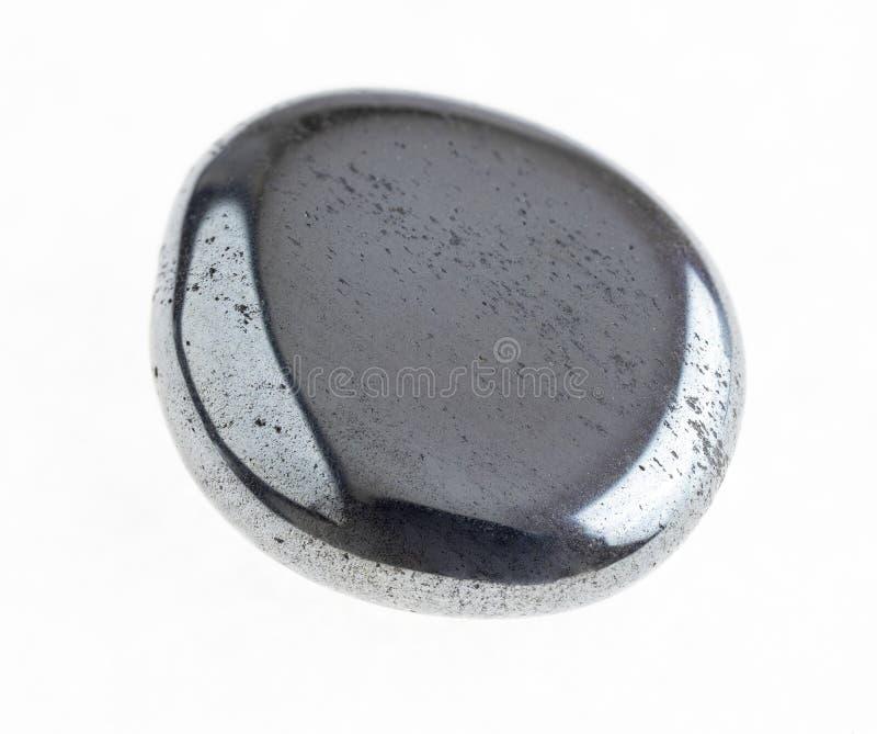 getuimelde hematiet (hematiet) steen op wit royalty-vrije stock fotografie