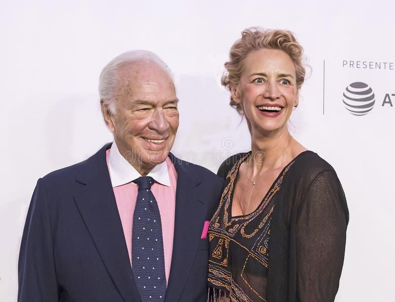 Gevierde Britse Actoren Christopher Plummer en Janet McTeer bij de de Filmpremière van Tribeca van 2017 van ` de Uitzondering ` stock foto